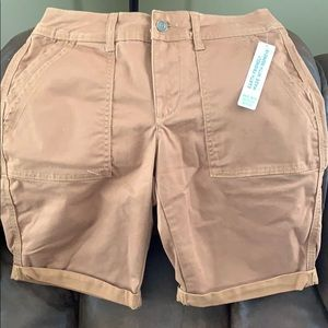 Time and Tru brown Bermuda shorts NWT size 4